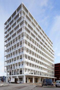 Free Harbor Tower in Copenhagen - slender balconies and columns in UHPC by Hi-Con A/S Copenhagen, Balcony, Concrete, Multi Story Building, Tower, House, By, Facades, Columns