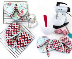 Heart Shaped Oven Mitts | Sew4Home