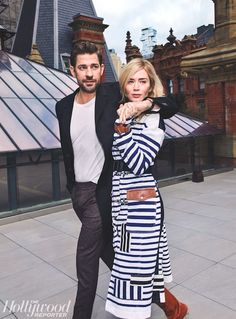 Emily Blunt and John Krasinski had a couple's photoshoot with 'The Hollywood Reporter,' and it's everythign — see the pictures here. Hollywood Couples, Celebrity Couples, Celebrity Portraits, Hollywood Stars, Celebrity Photos, John Krasinski Emily Blunt, Blunt Talk, Parka, Famous Couples