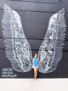 #WhatLiftsYou Nashville Gulch Wings Mural | Sandy Stilettos