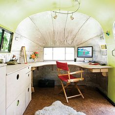 Airstream office - in your backyard - it could be a craft room, guest house, let your think of all the things you could use this little trailer for...