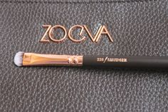 Blog post is up reviewing Zoeva's rose gold brush set, including detailed pictures of all the brushes! Lots of Love, A x x x http://whatabbyloves.blogspot.co.uk/2016/02/zoeva-rose-gold-brush-set-volume-1.html #bbloggers, #fbloggers, #lbloggers, #beauty, #zoeva, #rosegold #makeupbrushes, #roseholdbrushes, #zoevacosmetics