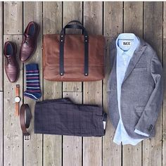 #SuitGrid by: @mitchyasui ________________________________________ Follow @inisikpe for daily style/advice #SuitGrid to be featured IniIkpe.com for fashion updates and more ________________________________________ Tap 👉🏼📱For Brands Blazer/Shirt: @expressmen Trousers: @frankandoak Shoes: @colehaan Socks: @gap Watch: @instrmntlimited Bag: @bananarepublic