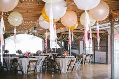 30 amazing wedding ceremony reception decoration ideas, balloons all Helium Filled Balloons, Clear Balloons, Large Balloons, Giant Balloons, White Balloons, Floating Balloons, Jumbo Balloons, Balloon Decorations, Reception Decorations