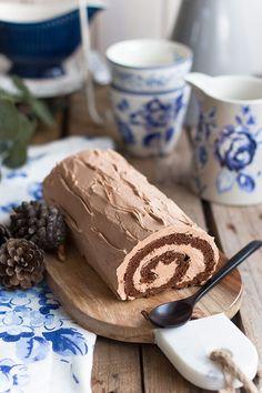 Una tarta sencilla y rica! Brazo gitano de chocolate y Nutella: fácil de preparar y que te dará éxito seguro en cualquier celebración.