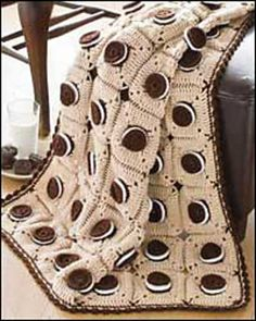 Oreo Afghan. @Rebekah @Bungalow Boutique you guys are getting this for Christmas.