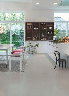 Pergo Vinyl Flooring – Tile Premium Click 'Gray Modern Mineral' I en m … Types Of Wood Flooring, Solid Wood Flooring, Laminate Flooring, Vinyl Flooring, Color Mate, Tv Stand Cabinet, Italian Tiles, Tile Manufacturers, Vinyl Tiles