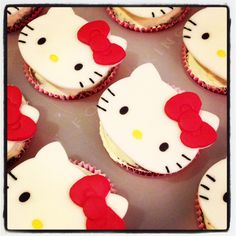 Hello Kitty cupcakes made for Janice 3rd birthday