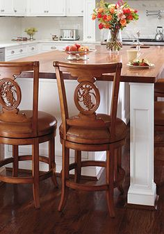 This Carved Grapes Swivel Bar Stool will fit in beautifully with your kitchen or bar decor. Counter Height Bar Stools, Swivel Bar Stools, Bar Chairs, Unique Bar Stools, Luxury Bar, Kitchen Chairs, Kitchen Decor, Kitchen Ideas, Luxury Home Decor