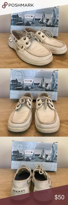 Sperry Top-Sider Bluefish White Tumbled Boat Shoe White leather boat shoe by Sperry worn a few times and shows sign of wear (price reflects this). My shopping obsession is your win 😉Comes in original shoebox. Make an offer or bundle for additional savings. Sperry Top-Sider Shoes Flats & Loafers