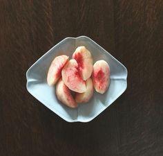 お皿の形と色