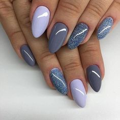 The advantage of the gel is that it allows you to enjoy your French manicure for a long time. There are four different ways to make a French manicure on gel nails. Manicure Nail Designs, Fall Nail Art Designs, Nail Polish Designs, Nail Manicure, Nails Design, Powder Manicure, Grey Nail Art, Gray Nails, Popular Nail Colors