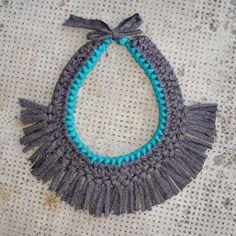 Collar trapillo Flecos/Azul