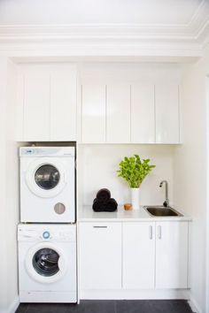Laundry Tapware - Contemporary - Laundry Room - Melbourne - by Interbath Laundry In Kitchen, Laundry Cupboard, Laundry Nook, Modern Laundry Rooms, Laundry Room Layouts, Laundry Room Remodel, Laundry Room Bathroom, Farmhouse Laundry Room, Laundry Room Organization