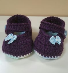 Crochet easy baby Mary Jane booties