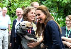 Kate wears GAP trousers for last minute Eden Project visit & Isles of Scilly…