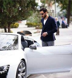 (2) Twitter Turkish Men, Turkish Actors, Famous In Love, Elcin Sangu, Tv Awards, Hot Actors, Big Love, Barista, Handsome Boys