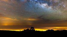 Se împlinesc 3 ani de când am lansat platforma de turism Povestea Locurilor, 3 ani plini de aventuri prin România, o călătorie unică de la esența neamului rumânesc și până la peisajele care efectiv iți taie răsuflarea. Vaulting, Milky Way, Blockchain, Romania, Northern Lights, Spain, Heaven, Clouds, Sunset