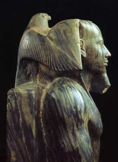 ♔ Khafre (literally, Kha f Re) (Greek-Chephren). This pharaoh is the son of Khufu, builder of the Great Pyramid.