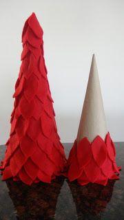 Purple Hues and Me: Red Felt Christmas Trees