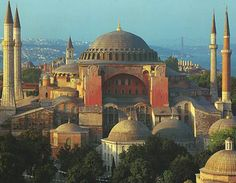 Ayasofya - Hagia Sophia....... InshaAllah... one day in my life I can visit her...  GİTTİM