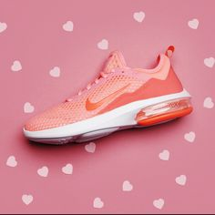 Whether you're celebrating Galentines, Valentines or just loving YOURSELF this February 14th. Treat your fitness fanatic self, BFF or girlfriend to the Air Max Kantara.