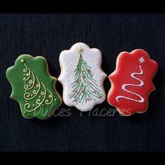 Galletas navideñas. Decoradas con glasa. #dulcesplaceresbymer www.facebook.com/dulcespaceresbymer  Instagram @dulcesplaceresbymer