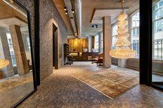 The Hotel V Nesplein 04