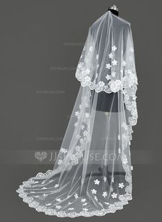 Cathedral Bridal Veils Tulle One-tier Oval Lace Applique Edge Embroidery Rhinestones Satin Flower 106.30 in (270cm) White Ivory Ivory Ivory Spring Summer Fall Winter A-line/Princess Ball Gown Empire Sheath Mermaid Color & Style representation may vary by