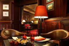 Pub/Lounge at 5 star hotel: Pont Royal. This hotel's address is: 7 Rue de Montalembert Tour Eiffel - Invalides Paris and have 75 rooms Paris Nice, Saint Germain, Monuments, Pont Royal, Paris Hotels, Tour Eiffel, Hotel Deals, 5 Star Hotels, Travel Pictures
