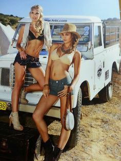 Love London as much as I love these hot London babes! Trucks And Girls, Car Girls, Pin Up Girls, Land Rover Defender, Hot Rod Pickup, Land Rover Series 3, Offroader, Girls Series, The Beautiful Country