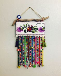 - crafts for teens Diy Projects To Try, Crochet Projects, Bead Crafts, Diy And Crafts, Diy Phone Stand, Crochet Decoration, Bead Art, Mobiles, Fabric Crafts