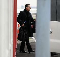 Dave Gahan 11-17-2013 in France, (concert was cancelled)