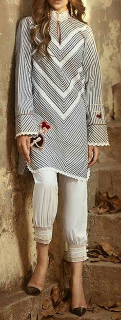 A n k desgine Salwar Designs, Blouse Designs, Stylish Dresses, Casual Dresses, Khadi Kurta, Fashion Pants, Fashion Outfits, Eastern Dresses, Pakistani Outfits