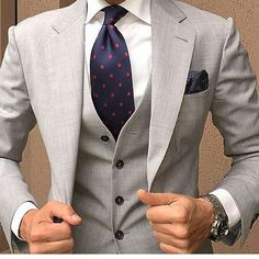 Yes or No? Rate this look out of 10 and follow @dailysuits for more  - @danielre