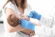 Szczepienia na pneumokoki są obecnie refundowane dla dzieci urodzonych w 2017 roku. Zastanawia jednak ogromna ilość szczepionek kupionych przez resort zdrowia.