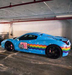 Nyan Cat's Ferrari OMG A NYAN CAT FERRARI