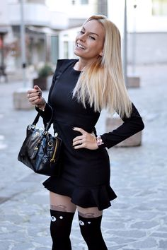 Little black dress, Zara pumps, PRada bag and teddy bear painted tights <3 Today on my #fashionblog www.it-girl.it #fashion #style #look #outfit #blondie #ootd #dress #cool #outfitoftheday #fashionblog #fashionblogger