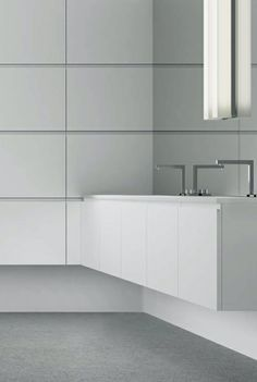 Similar to what I am envisioning for the dual sink area - but with drawers instead of cupboards.