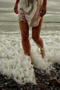 Las Cositas de Beach & eau: VACACIONES!!!!!!!!!!!!!!!!!!!!!!!!!!!!!!!!!!!!!!!!!!!!! Cerdeña me espera......viaje con amigos......risas,descanso...............................y sobre todo mar ,arena y sol(o luna) ..........................................uuuuuuuuuuuuuuuuuuuuuuuuuuummmmmmmmmmmmmmmmmm...........................MEDITERRANEAMENTE...................volveré en 10 días cargadita de fotos......y con las pilas cargadas.....................HASTA LA ...
