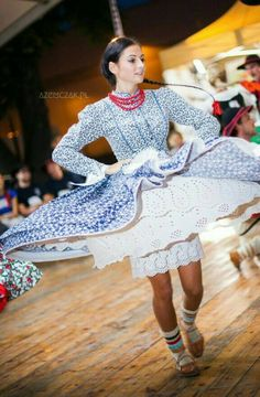 Polish Folk Costumes Beskid Żywiecki, southern Poland. / Polskie stroje ludowe