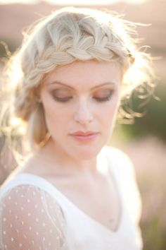 An inspirational bridal photoshoot at the Mayfield lavender fields in Surrey. Styling by London Bride and photography by Eddie Judd Plaits Hairstyles, Bride Hairstyles, Vintage Hairstyles, Pretty Hairstyles, Bridesmaids Hairstyles, Mode Statements, Front Braids, London Bride, Wedding Hair Inspiration