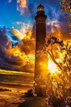 #Lighthouse with a magical #sunset! http://dennisharper.lnf.com/