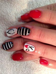 Valentines nails with cnd shellac love ❤️ Coral Nails, Bright Nails, Yellow Nails, Green Nails, Shellac Nail Art, Rose Nails, Shellac Nails, Valentine Nail Art, Valentines