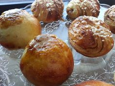 Myrkynkeittäjä: The PullaTaikina, RahkaPullaTaikina Sweet Recipes, Cake Recipes, Bakewell Tart, Something Sweet, Healthy Treats, Pretzel Bites, Vegan Desserts, Baked Goods, Muffin