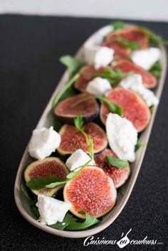 La salade tomates mozzarella revisitée avec des figues : une recette très facile et rapide à faire. Et le résultat est DE-LI-CIEUX !