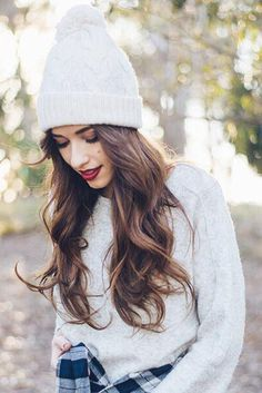 Everyday Waves using Chestnut Brown Luxy Hair Extensions on the lovely @maraferreira <3 #LuxyHairExtensions