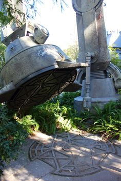 Star Tours Disney World Hollywood Studios, Star Tours, Florida Travel, Disney Parks, Orlando, Riding Helmets, Epcot, Stars, Outdoor Decor