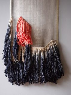 Cathrine Holm, tassels, latch hook, blog friends and knot school!