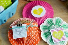 cupcake liner cookie pouches